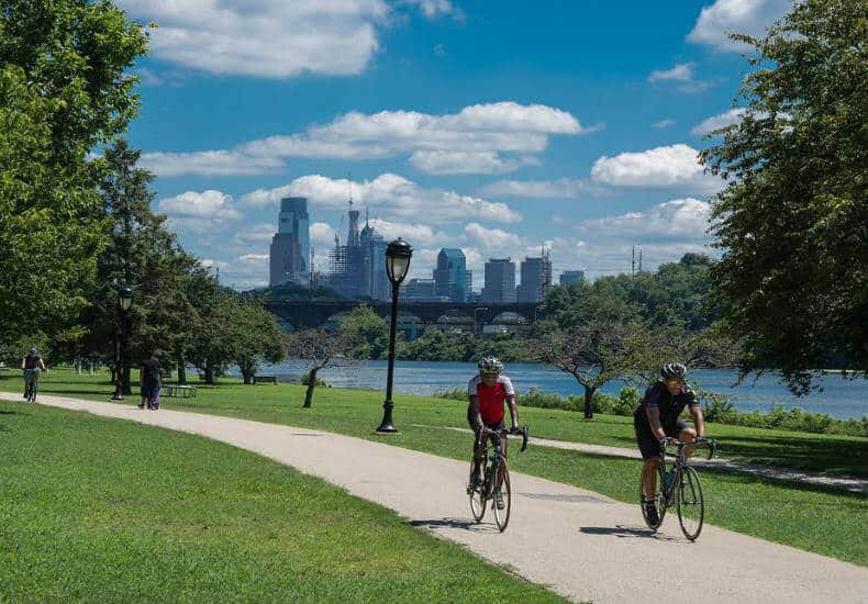 Stroll along the Schuykill River Trail